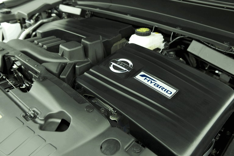 2014 Nissan Pathfinder Hybrid 379761