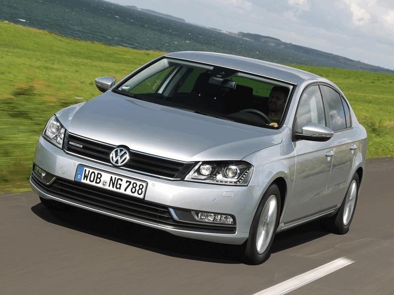 2013 Volkswagen Passat TDI BlueMotion 380329