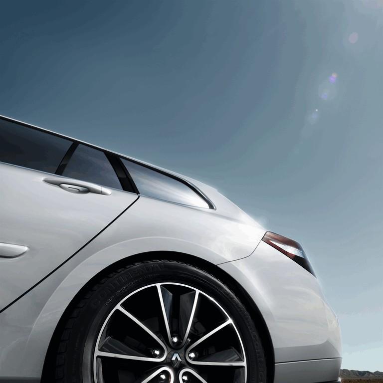 2013 Renault Laguna estate phase 3 381975