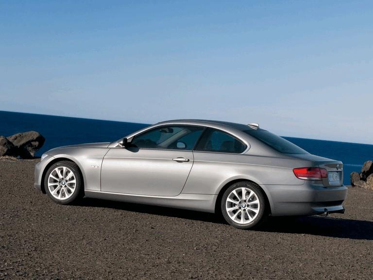 2007 BMW 335i coupé 217878