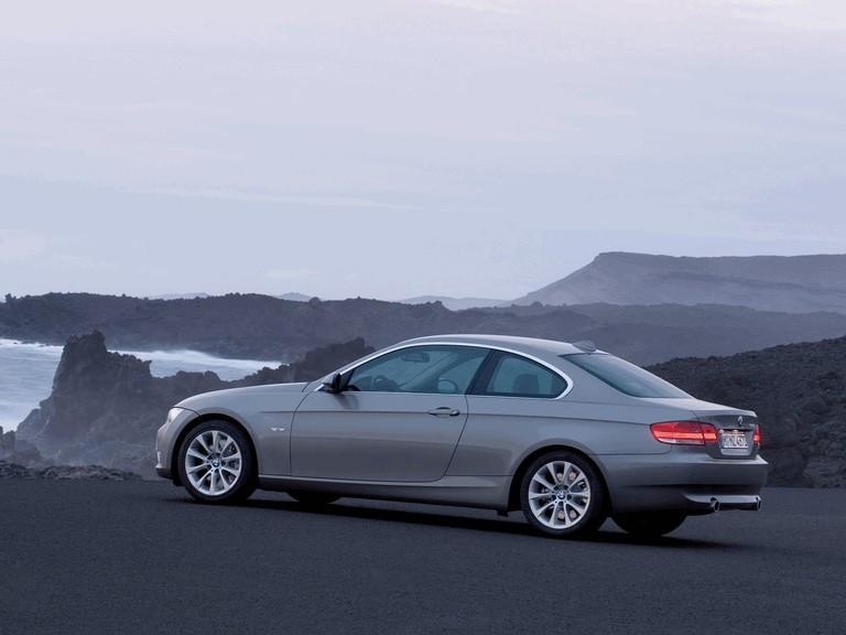2007 BMW 335i coupé 217886