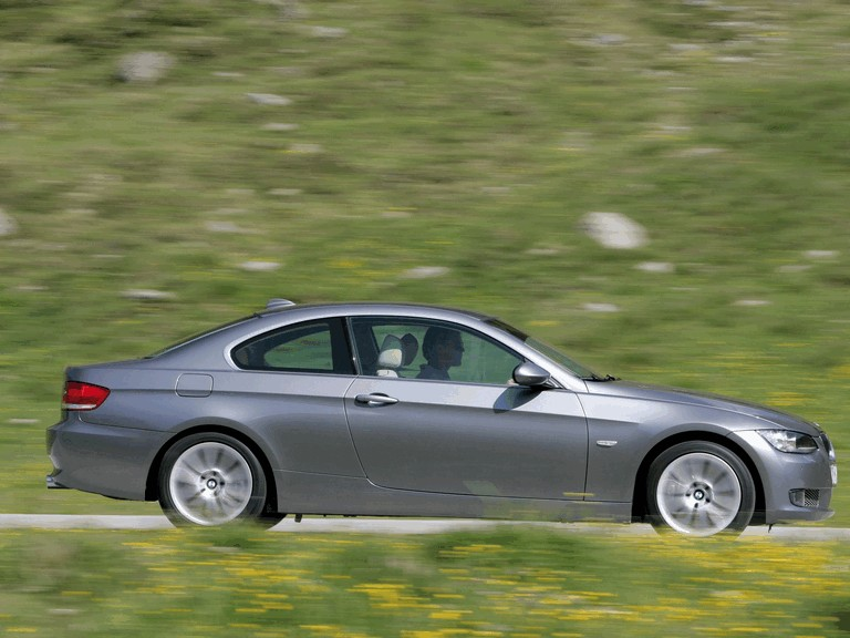 2007 BMW 335i coupé 217940