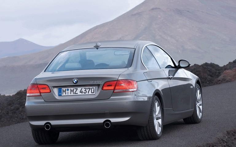 2007 BMW 335i coupé 217971