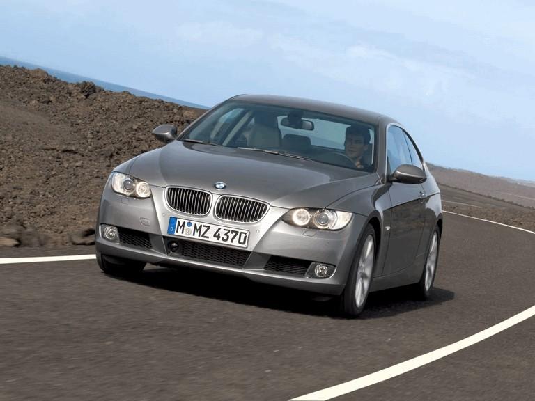 2007 BMW 335i coupé 218043