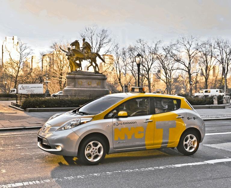 2013 Nissan Leaf - New York City Taxi 382560