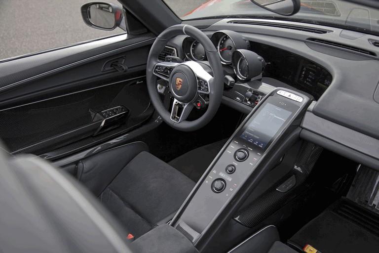 2013 Porsche 918 Spyder prototype 400573