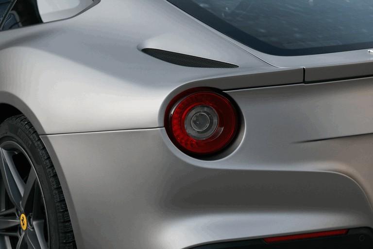 2013 Ferrari F12berlinetta by Cam Shaft 386885