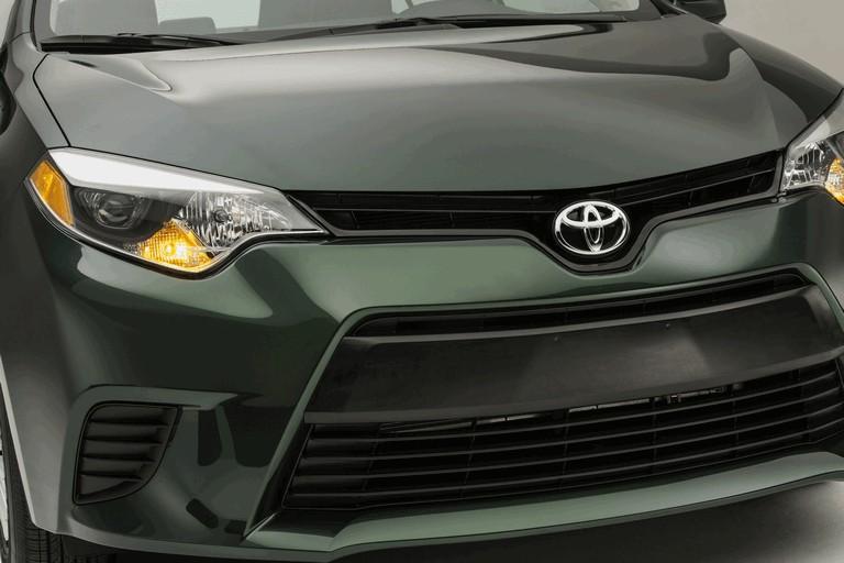 2013 Toyota Corolla LE Eco - USA version 387894