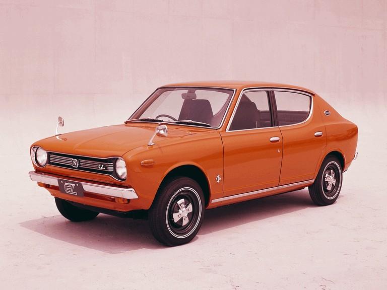 1970 Nissan Cherry ( E10 ) GL 4-door sedan 388352