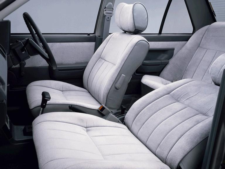 1981 Nissan Sunny ( B11 ) sedan 1.5 SGL 388384