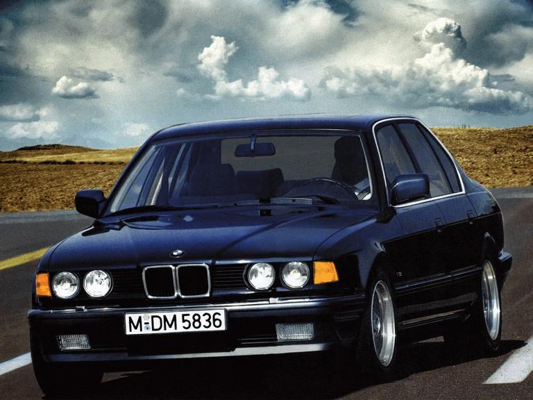 1986 BMW 735i ( E32 ) 389360