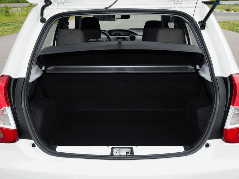 2012 Toyota Etios hatchback - Brazil version 389386