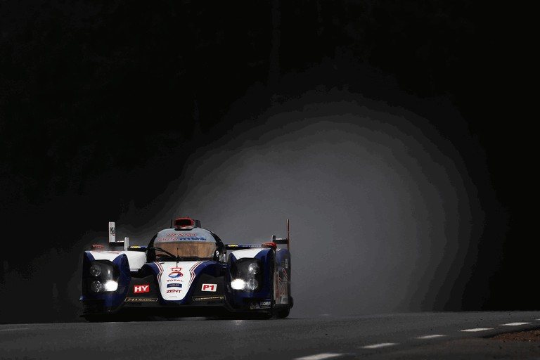 2013 Toyota TS030 Hybrid - Le Mans 24 Hours practice 389887