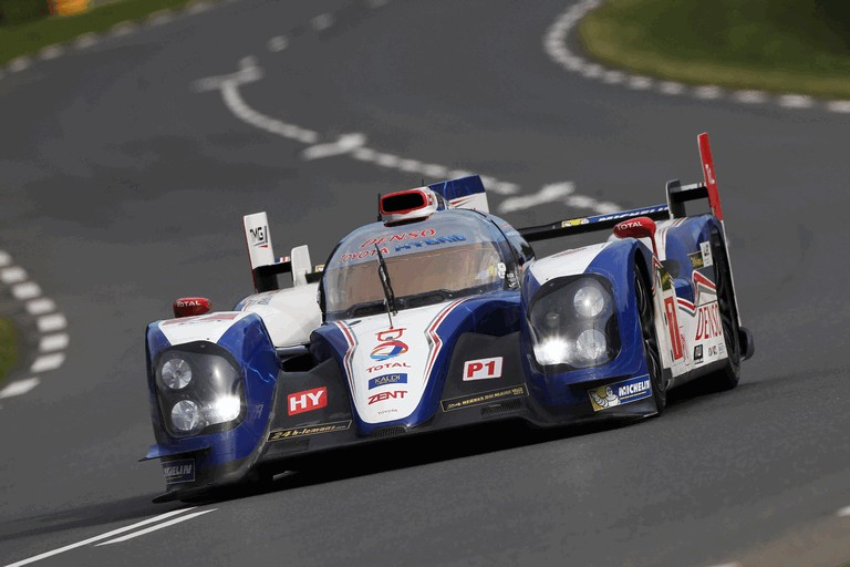 2013 Toyota TS030 Hybrid - Le Mans 24 Hours practice 389890