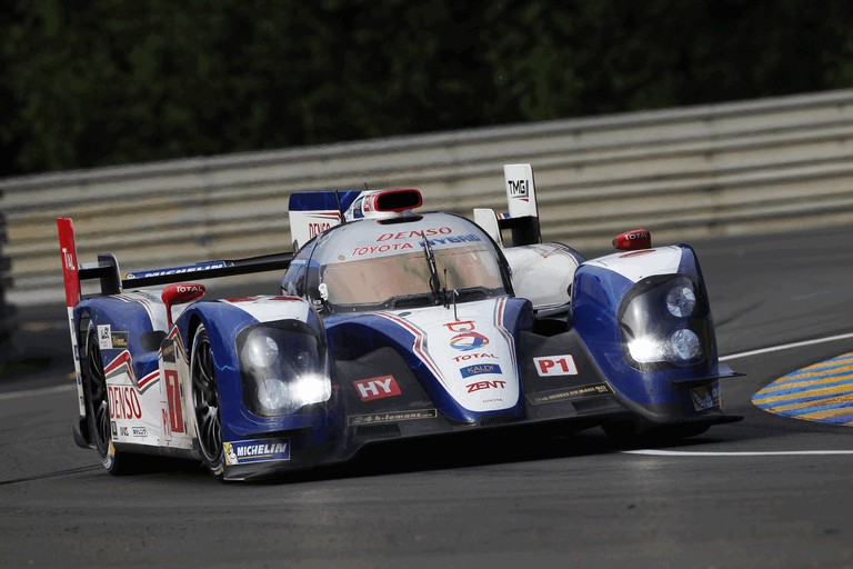 2013 Toyota TS030 Hybrid - Le Mans 24 Hours practice 389891