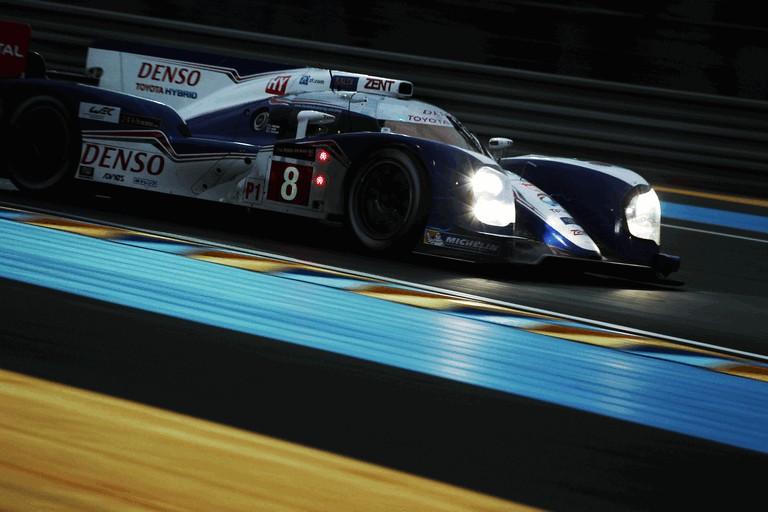2013 Toyota TS030 Hybrid - Le Mans 24 Hours race 389948