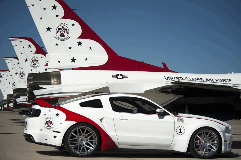 2013 Ford Mustang GT - U.S. Air Force Thunderbirds edition 390452