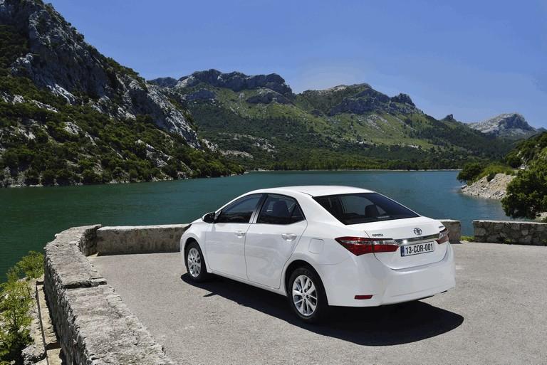 2013 Toyota Corolla - Europe version 391252
