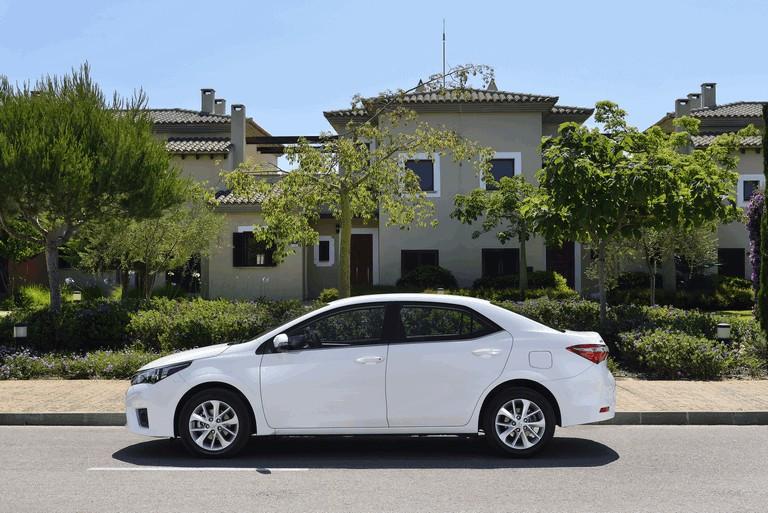 2013 Toyota Corolla - Europe version 391260