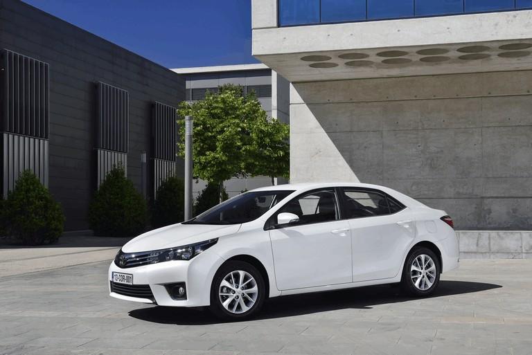 2013 Toyota Corolla - Europe version 391269