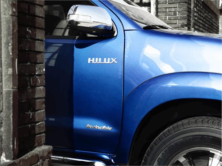 2013 Toyota Hilux Invincible 394648