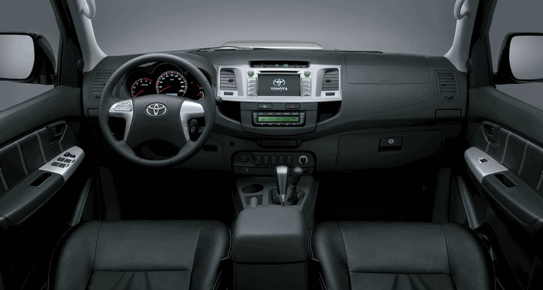2013 Toyota Hilux Invincible 394650
