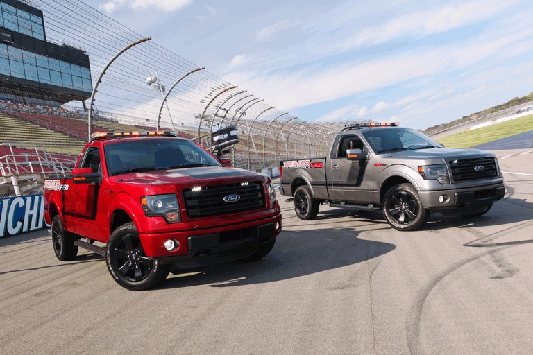 2014 Ford F-150 Tremor - Nascar Pace Truck 398733