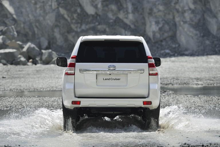 2014 Toyota Land Cruiser 398817