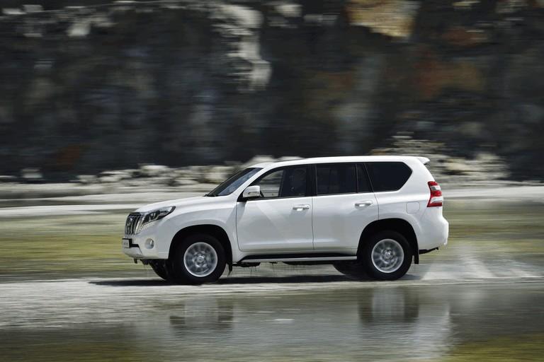 2014 Toyota Land Cruiser 398821