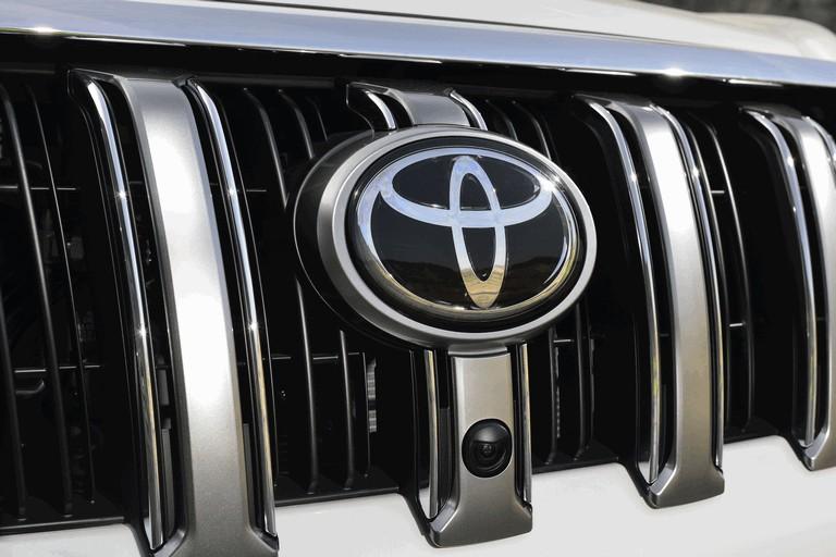 2014 Toyota Land Cruiser 398830