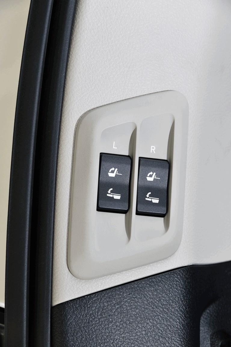 2014 Toyota Land Cruiser 398845