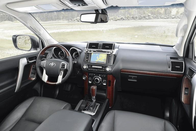 2014 Toyota Land Cruiser 398850