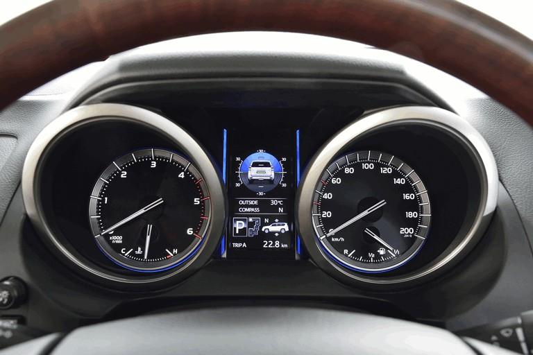 2014 Toyota Land Cruiser 398853