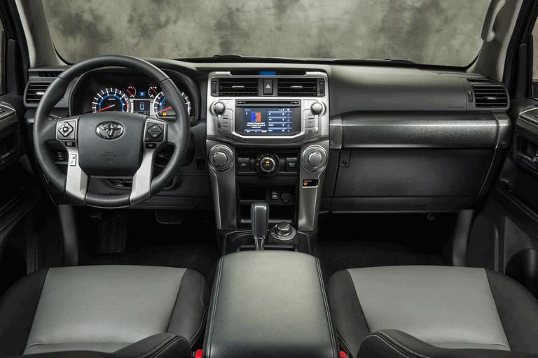 2014 Toyota 4Runner SR5 399826