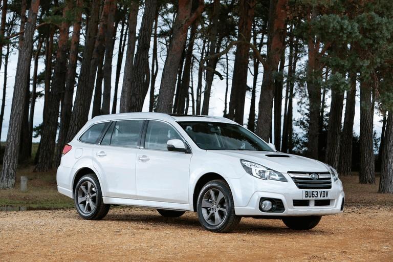 2013 Subaru Outback 2.0D SZ Lineartronic - UK version 400004