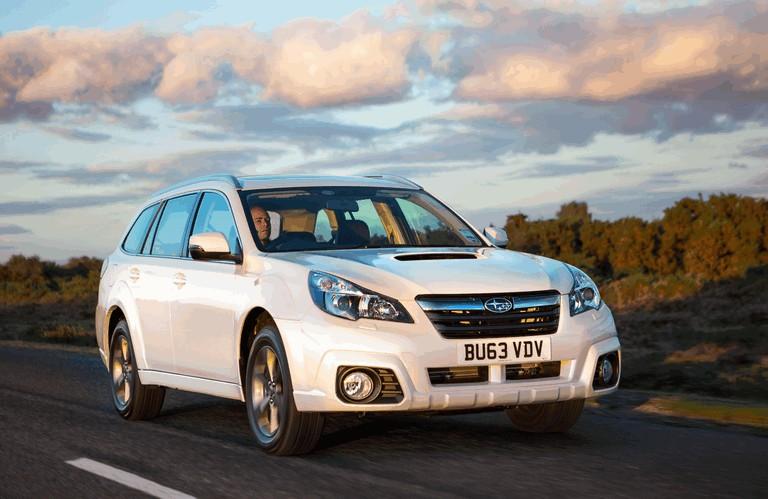 2013 Subaru Outback 2.0D SZ Lineartronic - UK version 400010