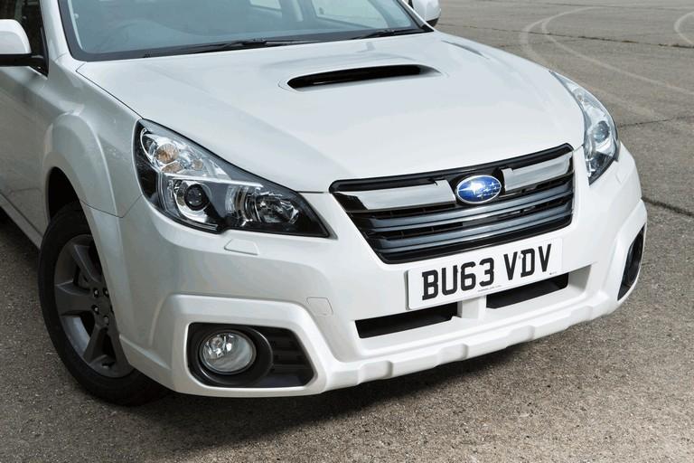 2013 Subaru Outback 2.0D SZ Lineartronic - UK version 400015