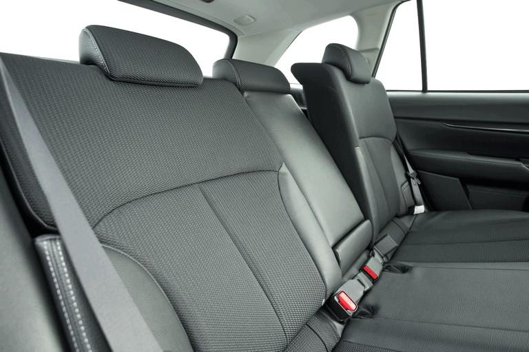 2013 Subaru Outback 2.0D SZ Lineartronic - UK version 400023