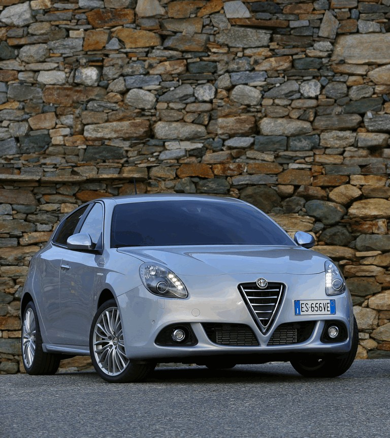 2014 Alfa Romeo Giulietta 400700