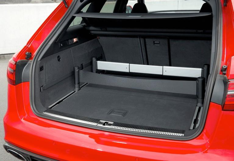 2013 Audi RS6 Avant - UK version 401301