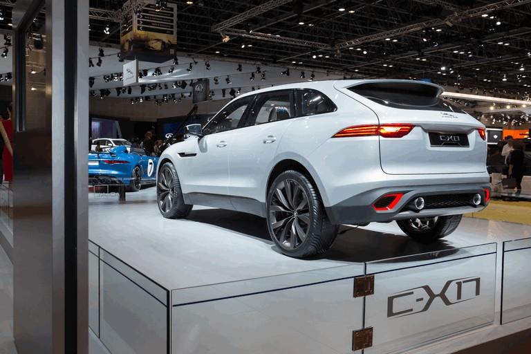 2013 Jaguar C-X17 - Dubai unveiling 402580