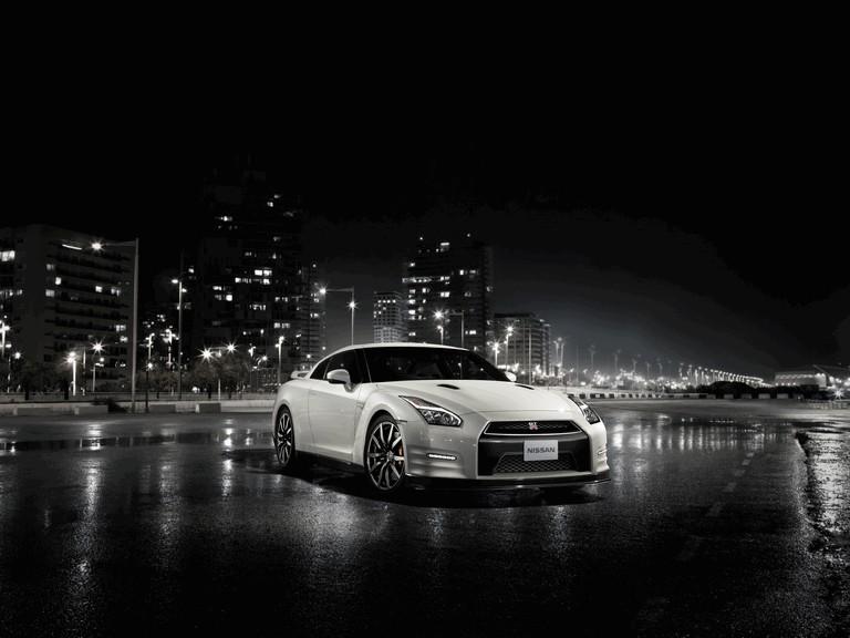 2014 Nissan GT-R ( R35 ) 403660