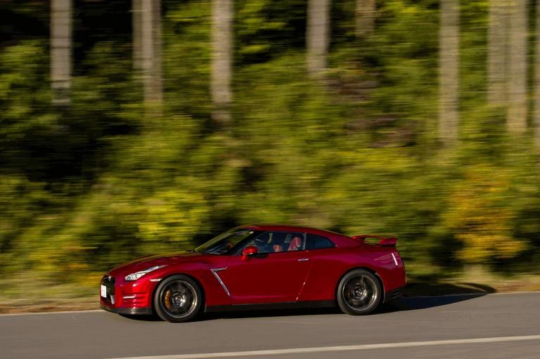 2014 Nissan GT-R ( R35 ) 403692