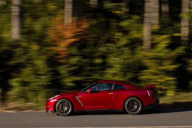 2014 Nissan GT-R ( R35 ) 403694