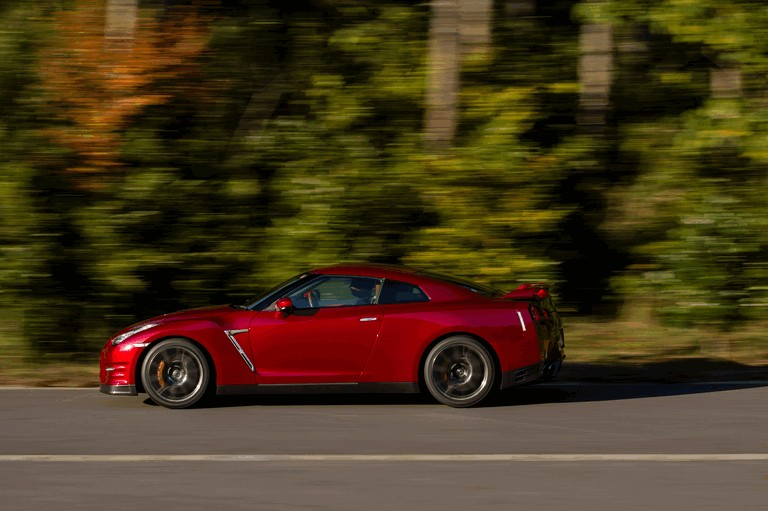 2014 Nissan GT-R ( R35 ) 403697