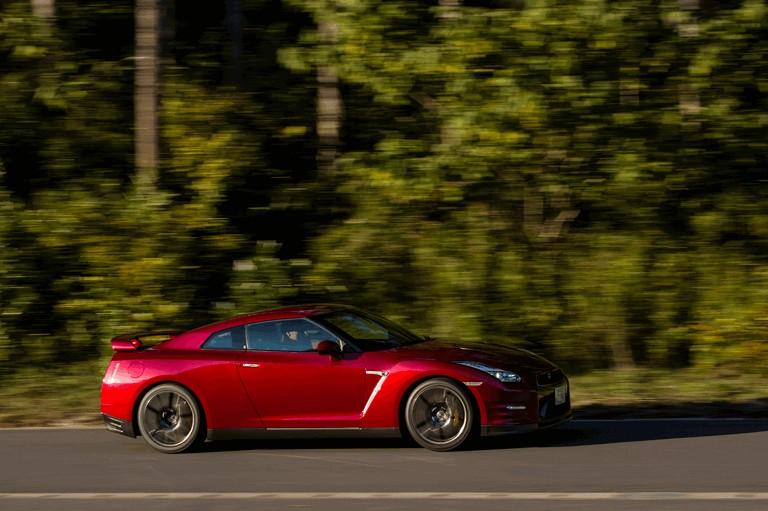 2014 Nissan GT-R ( R35 ) 403698