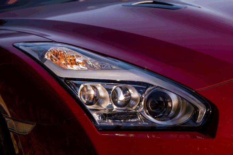 2014 Nissan GT-R ( R35 ) 403703