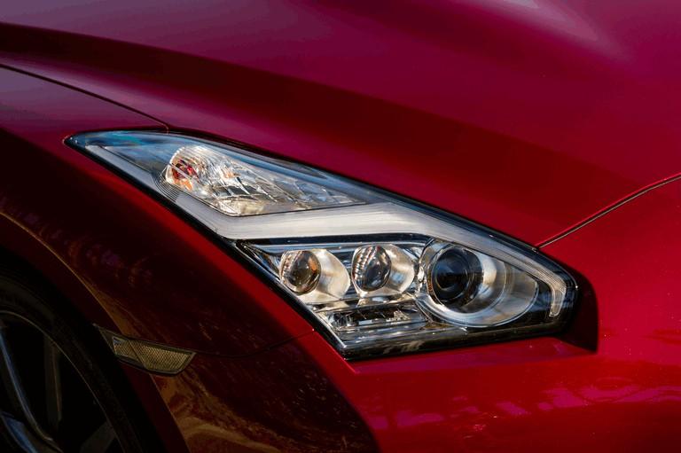 2014 Nissan GT-R ( R35 ) 403705