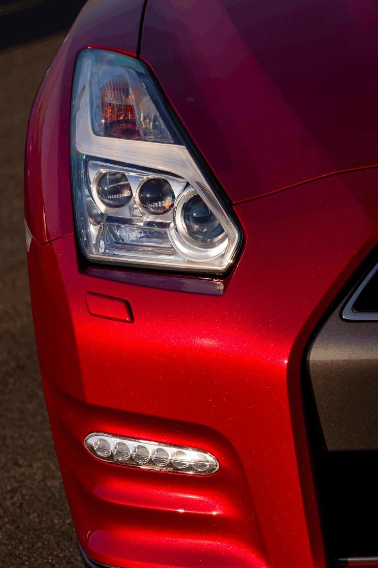 2014 Nissan GT-R ( R35 ) 403706