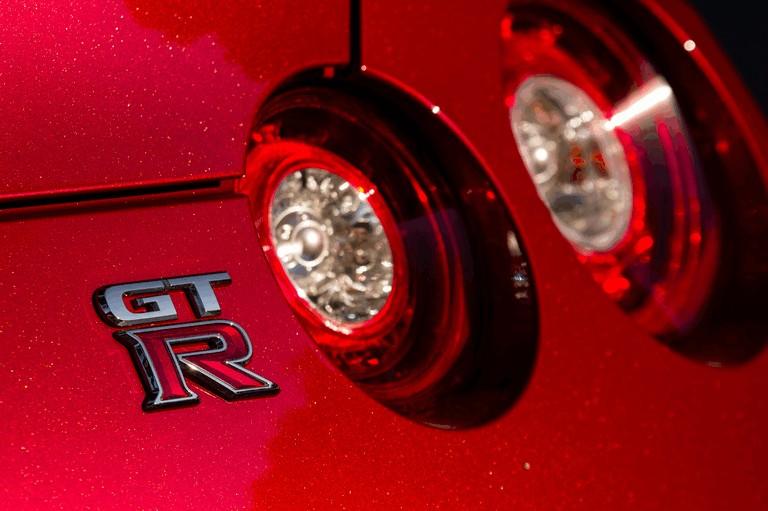 2014 Nissan GT-R ( R35 ) 403721